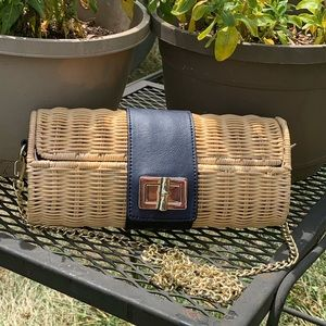 Handbags - Talbots adorable shell wicker cream and blue purse
